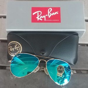Brand New Green RayBan Aviators 62mm Never Worn